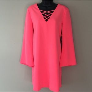 Dresses & Skirts - NWT! Coral bell sleeve dress